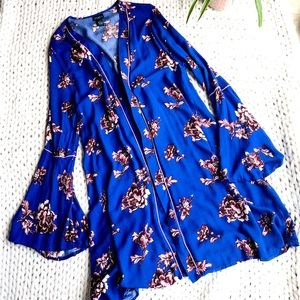 Rue 21 Plus Size Bell Sleeve Floral Kimono Size 1X